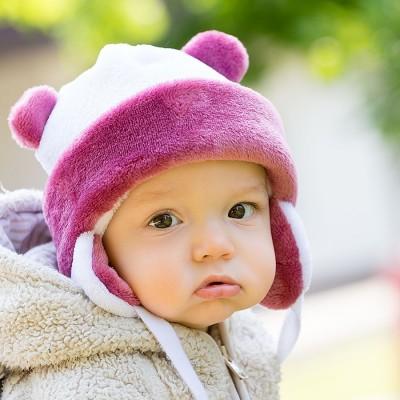 Dětská fleece - vlas čepice na zavazování