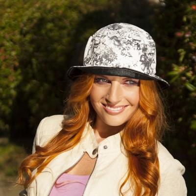Dámský bavlněný klobouk s rovnou hlavou