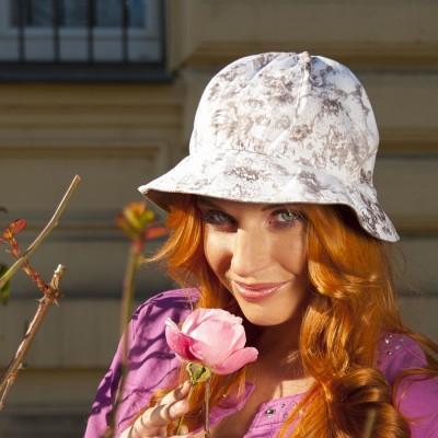 Dámský bavlněný klobouk s kulatou hlavou