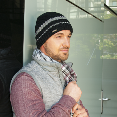 Pletená čepice s pruhem podšitá fleece