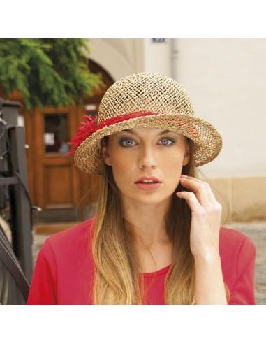 Dámský klobouk z mořské trávy zdobený lýkem