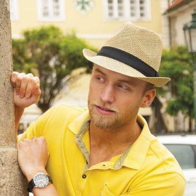 Pánský papírový klobouk zdobený rypsovou stuhou