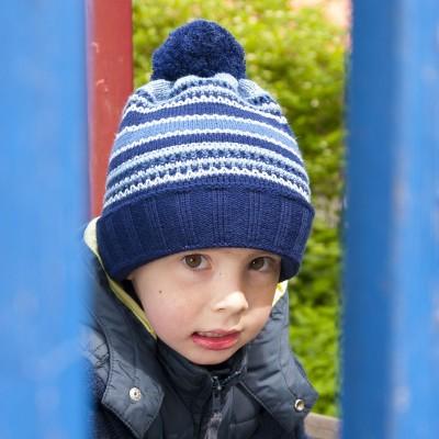 Dětská pletená čepice pruhovaná