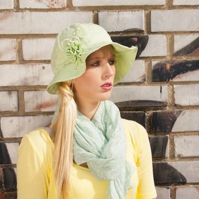 Dámský bavlněný klobou se zdobením
