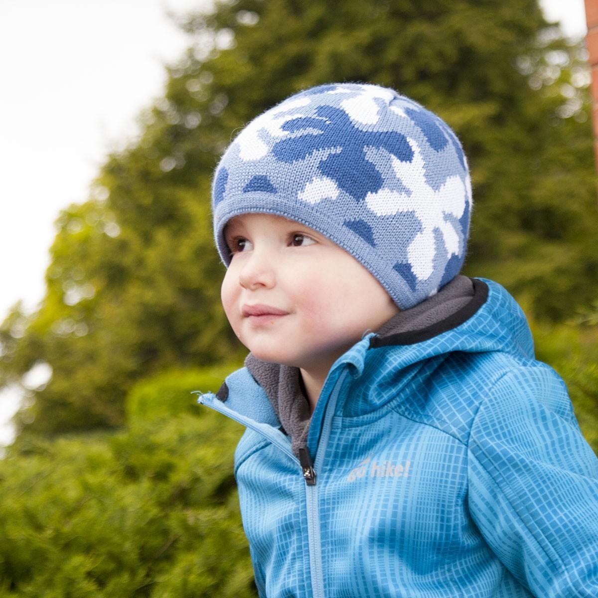 Dětská pletená čepice strakatá