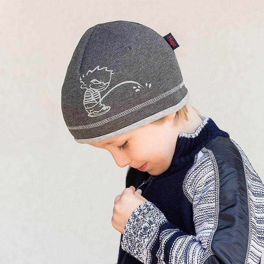 Úpletová čepice s potiskem a paspulkou
