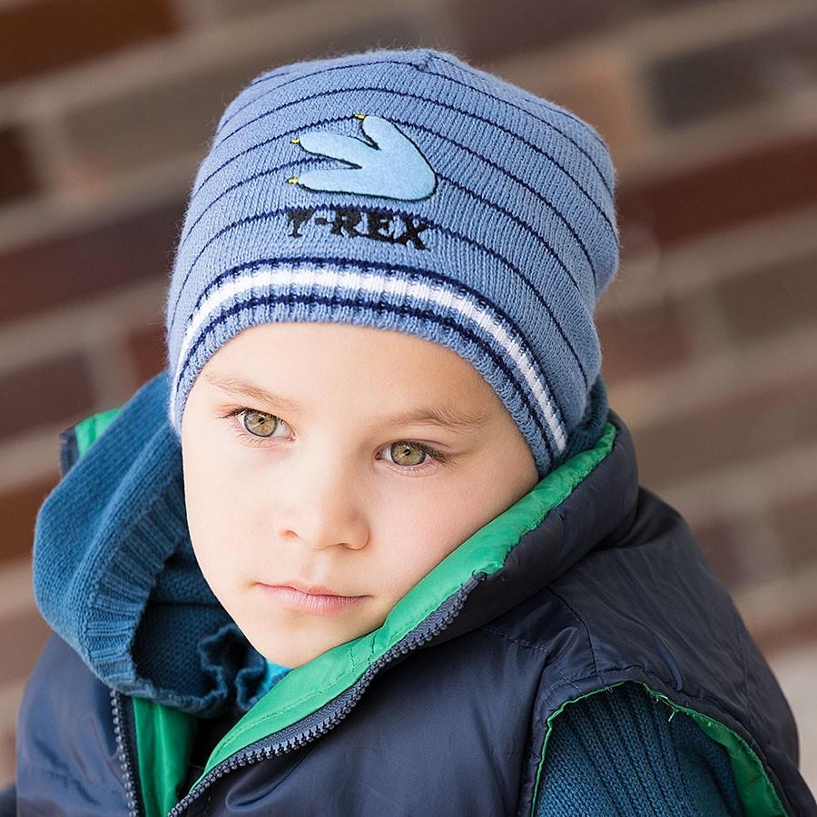 Pletená čepice s výšivkou a bavlněnou podšívkou