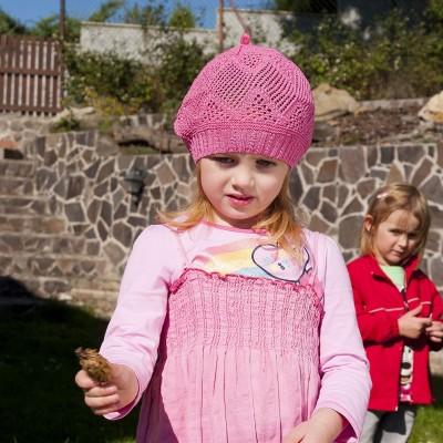 Dětský pletený baret