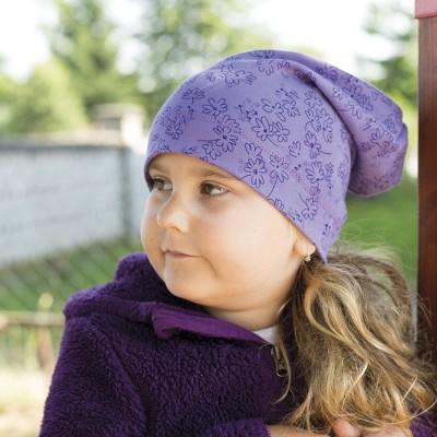 Hugo bavlněná čepice prodloužená s potiskem