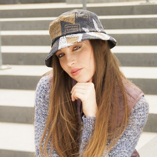 Dámský klobouk pestrobarevný