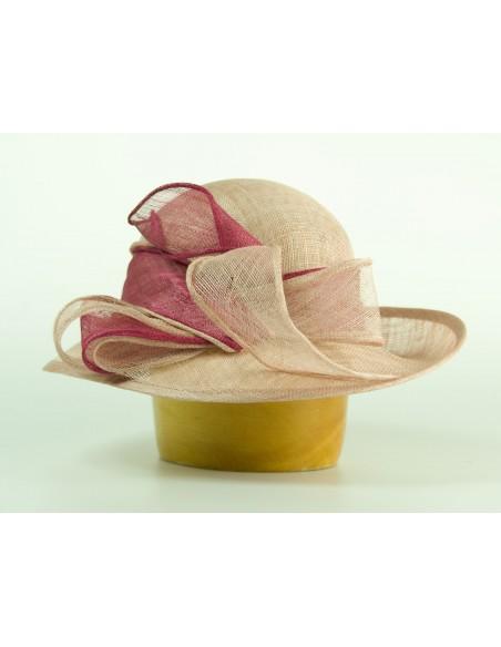 Modelový klobouk sinamay se střední krempou a kulatou hlavou