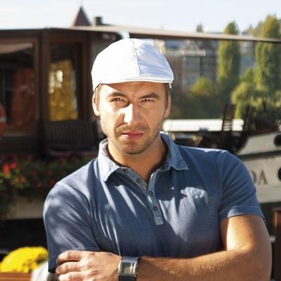 Pánská golfka z kanavy