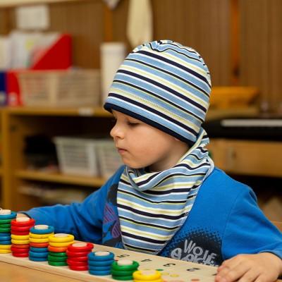 Bavlněná čepice s paspulí